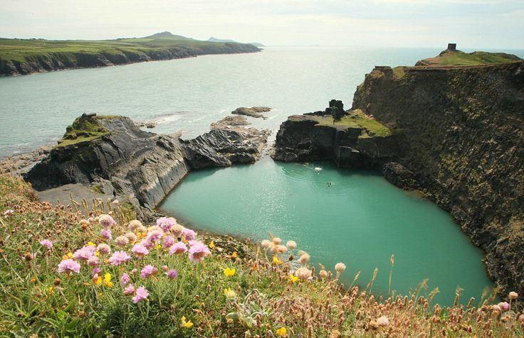 5 najlepszych plaz do wypoczynku w Wielkiej Brytanii Blekitna Laguna (2)
