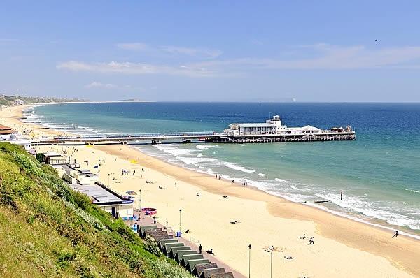 5 najlepszych plaz do wypoczynku w Wielkiej Brytanii  Bournemouth (2)