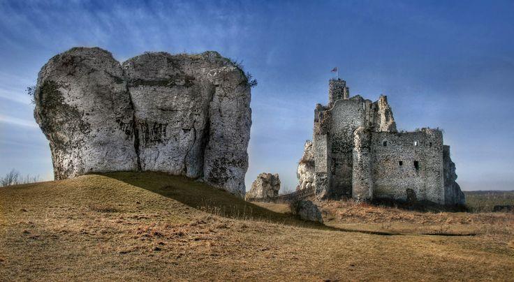 Jura KrakowskoCzestochowska Zamek w Mirowie