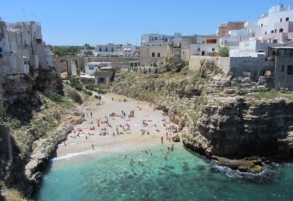 Top 6 najlepszych wloskich plaz Polignano (2)